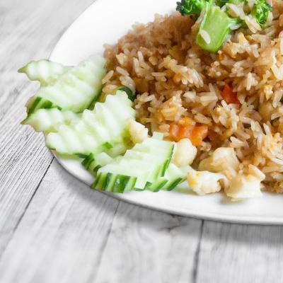 Wok Reis gebraten (Khau Phad)
