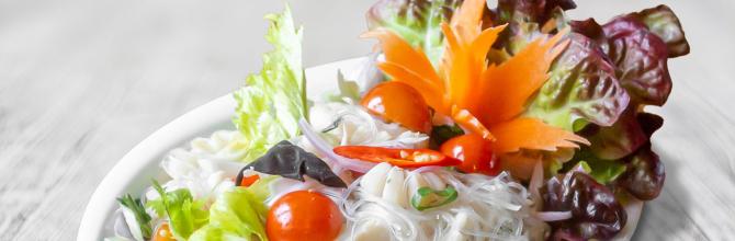 Meeresfrüchtesalat (Yam Talee)